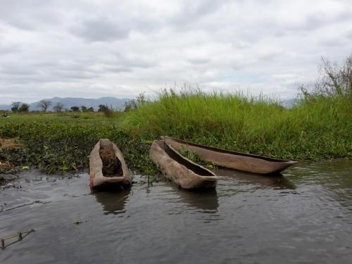 So ein Einbaumboot habe ich nicht benutzt.