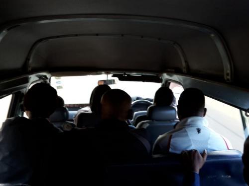 Rückfahrt im Minibus.